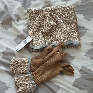 Michael Kors Scarf,  hat and gloves set